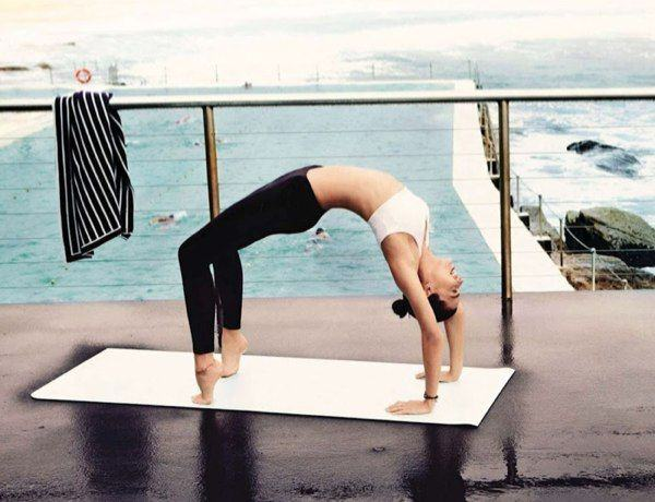 Miranda Kerr yoga