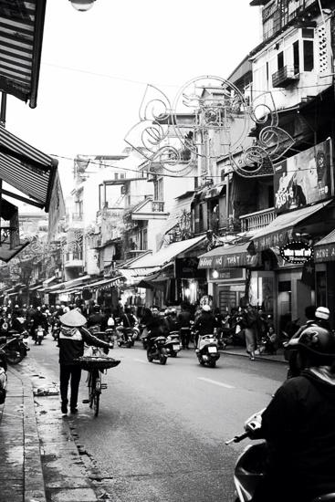 hanoi tour guide