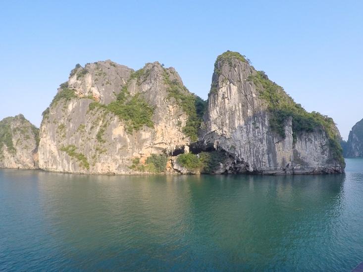 luxury cruise halong bay