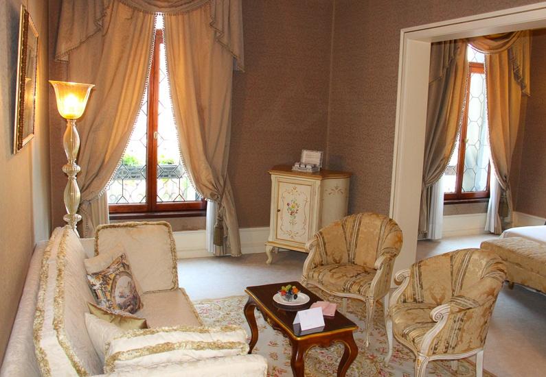 Best luxury boutique hotel Venice Italy