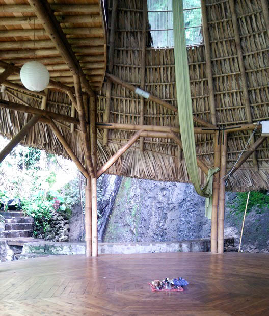 yoga retreats guatemala