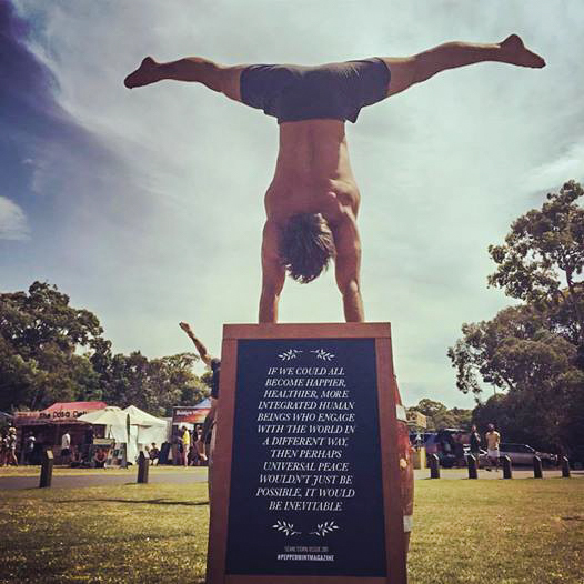 An impressive pose on the grounds of Wanderlust Sunshine Coast. Image © Lucy Pearson