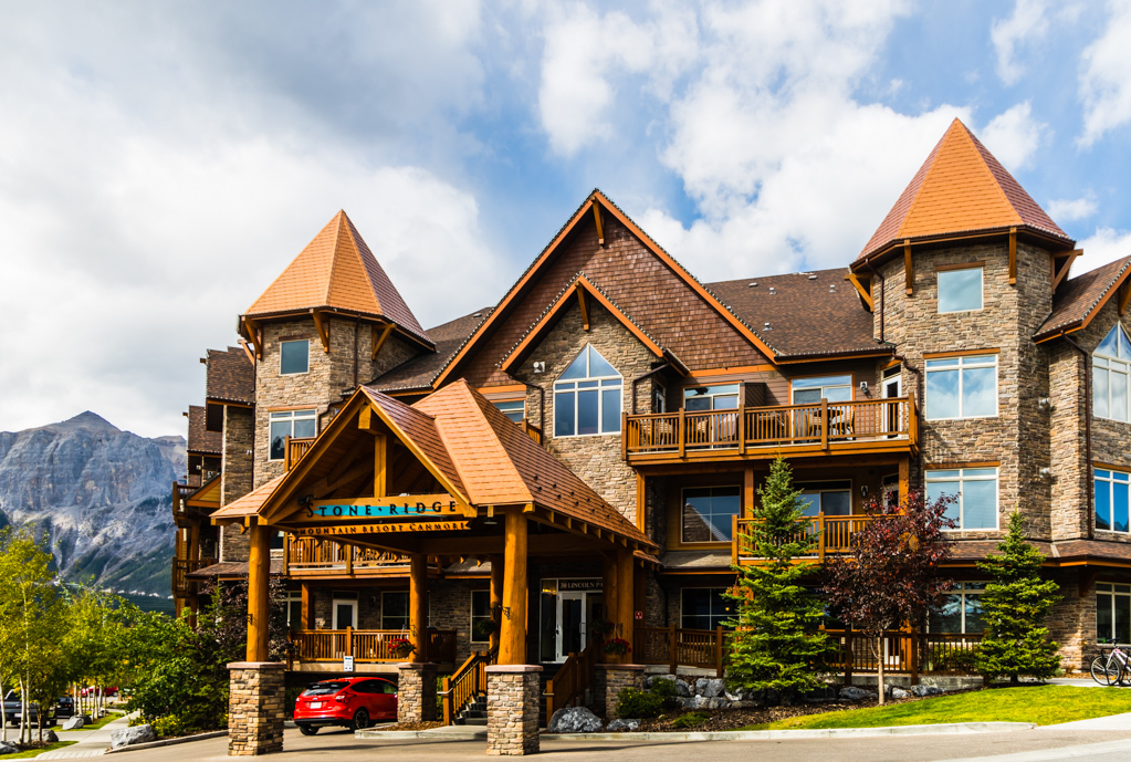 Stoneridge Mountain Resort is in beautiful Canmore, a short drive to Banff. Image © Skye Gilkeson