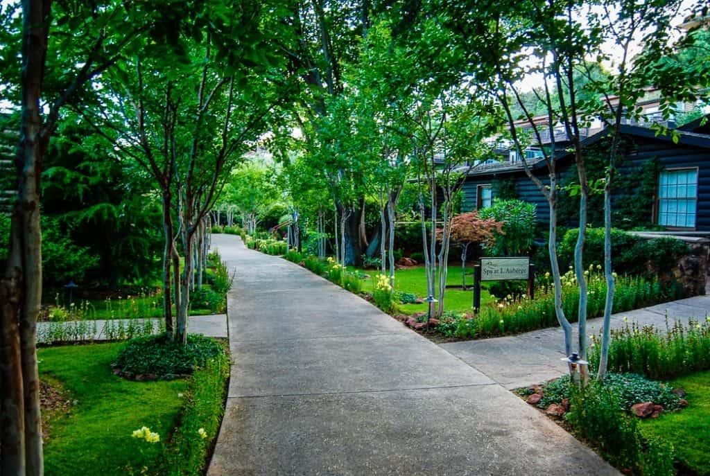 sedona hotel oak creek