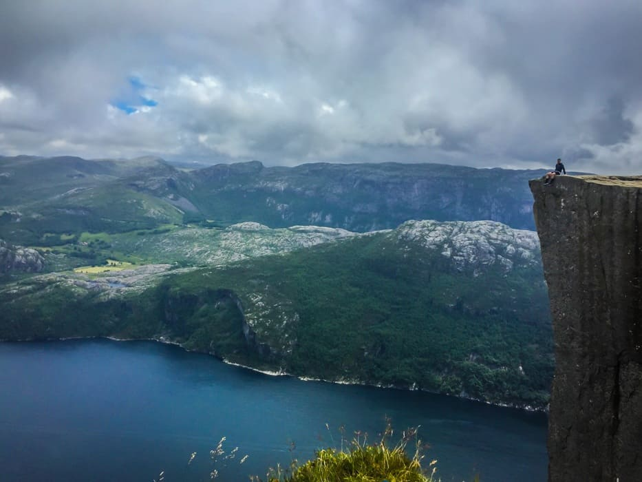 pulpit rock hike norway