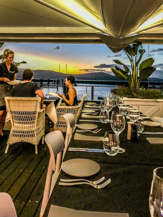 airlie beach restaurants