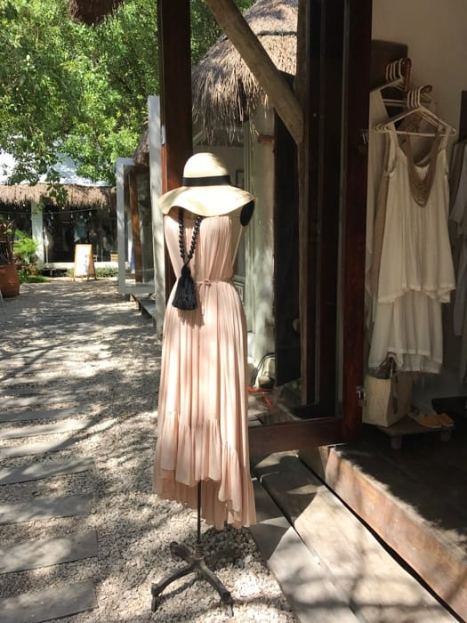 shopping in tulum