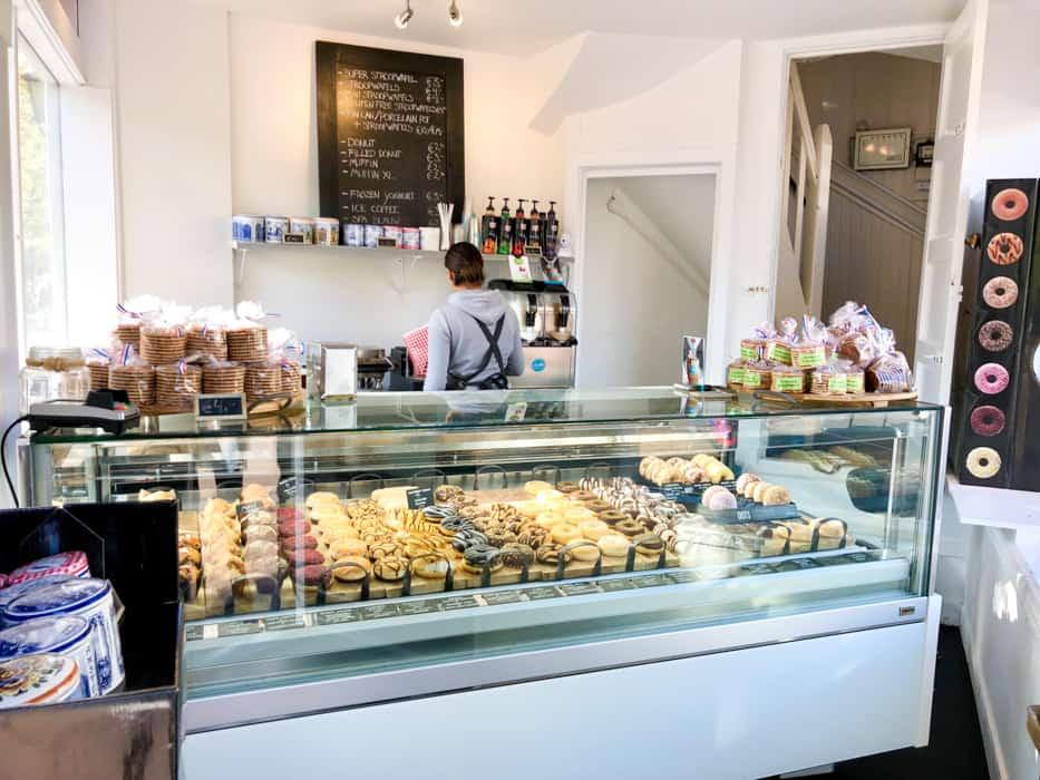 donut shop amsterdam