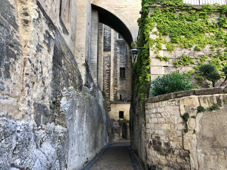 old town avignon